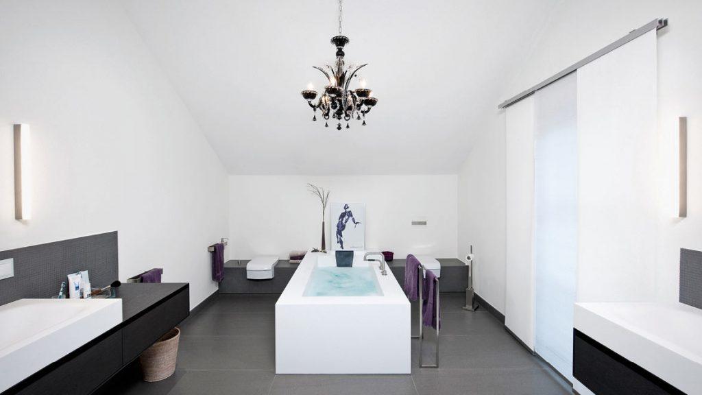 Gekonnt Architektur im Bad umsetzen.